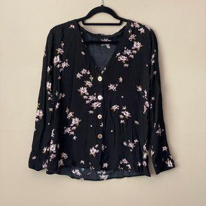Dynamite black floral long-sleeve button top
